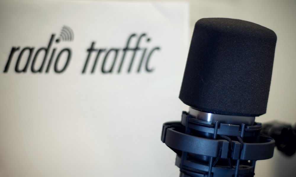 ADJ-1000×600 – Logo Agenzia Radio Traffic